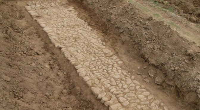 Δύο τμήματα της αρχαίας Εγνατίας Οδού αποκαλύφθηκαν στον Ιάσμο Ροδόπης.